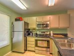 Take advantage of this fully equipped kitchen during your stay delicious home-cooked dinners.