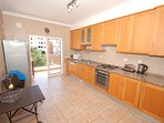 Fully equipped & spacious kitchen