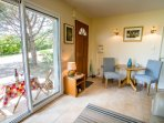 Relax in comfort & style in beautiful Aude valley