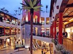 FORUM MADEIRA Shopping Centre: 3 minutes walking.