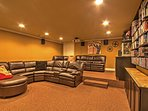 With a home theater and large collection of books, you'll never be left short of entertainment.