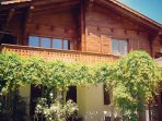 Chalet La Taupiniere from the garden