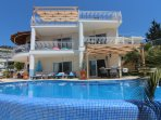 Luxury Villa in Kalamar Bay