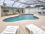 This 2-bedroom, 2-bathroom vacation rental house in Englewood is your private paradise!