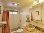 2 full bathrooms provides privacy and space for all.