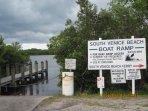 Boat Ramp and Ferry within a mile only!