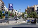 'Parking Público Puerta Real' a dos minutos del apartamento.