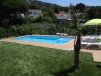 piscina-jardín