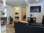 comfort and spacious living room with working desk WiFi 2BR super location georgetown hospital safe