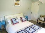 Bedroom 2 (queen double)