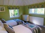 Bedroom 3 (twin singles)