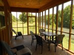 Two Bedroom Cabin on the banks of the  Spring River in Mammoth Spring Arkansas