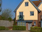 Lyric Place with parking space directly outside - only minutes walk from Lymington High Street