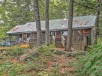Located in the heart of a dense wooded area, this property offers peace and secludedness.