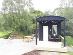 Acorn Wood Glamping Blackthorn Cabin