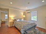 Wake up feeling refreshed and energized after a restful night's sleep in this queen-sized bed.