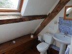 Farmhouse 2nd floor en-suite bathroom
