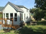 Peach Orchard's Little Home  - New, Near the River - on a working ranch