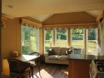Peach Orchard's Little Home on a Working Ranch - 1 nt weekday stays ok