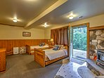 The lower level bedroom has 2 twin-sized trundle beds, offering 4 twin-sized beds in this room.