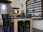 Table de salle à manger, extensible à 6 couverts