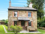 Trengrove Cottage, south facing, beautiful views, peaceful, traditional yet contemporary!
