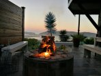 Outdoor Braai/BBQ area with amazing views! All utensils are provided included braai grid