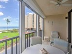 Look forward to meals with a view on the private lanai.