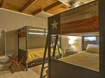 Two sets of bunk beds can comfortable sleep 4 guests in the 2nd bedroom.