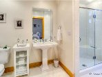 Cloud Nine Suite's Bathroom
