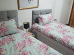 Double Bedroom With 2 Single Beds