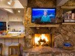 kitchen_fireplace.jpg