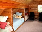 Loft with 3 full sized beds and mini loft