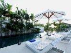 Villa Aqua - Lazy loungers