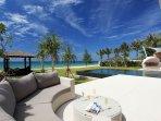 Villa Tievoli - Poolside loungers