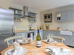 Well appointed kitchen, perfect for preparing a meal or two with local fresh ingredients..