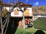 Acogedora casa en Llívia con jardín privado