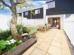 Cute townhouse in Ponsonby opening onto sunny courtyard
