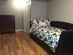 Day bed with trundle bed