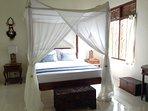 Seminyak Hideaway Deluxe King bedroom