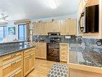 poipu-shores-2do-207a-kitchen-01.jpg