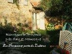 Ancienne bergerie Pres Aix-en-Provence , voûtes, loft, pierres apparentes, coin jardin