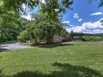 For the ultimate Shenandoah Valley Area getaway, book this vacation rental house!