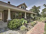 'The Doctors Inn' 3BR Cottontown Country Home!