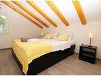 A4 gornji(4+1): bedroom
