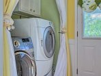 In-unit laundry machines make keeping your clothes clean convenient and easy.