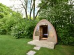 Hobbit's Lodge - Glamping Pod , Alresford 491917
