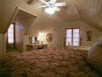 Gasthaus - Upstairs King Bedroom