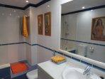 Bath Room 69
