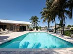 BEACHES, WATERFRONT, HEATED POOL, SLEEPS 8